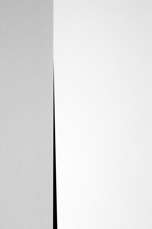 Gap  (2013, 75×50 cm, giclée print)